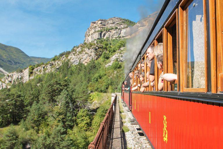 Le Train des Pignes à Vapeur en direction d'Annot